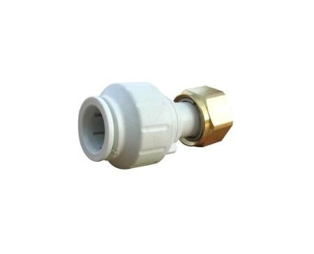 Raccord adaptateur robinet avec écrou laiton